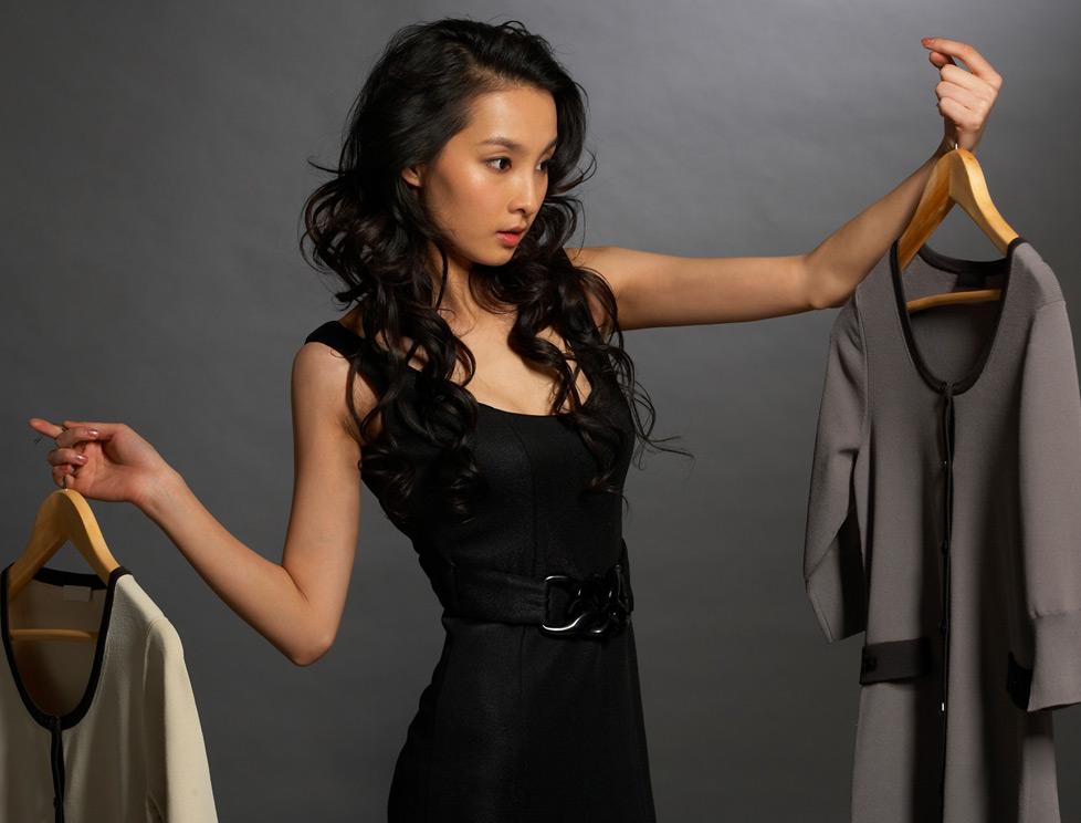 Советы от популярных актеров  как правильно выбрать одежду в интернет  магазине a21ef3ef82d